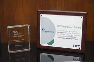 Banreservas recibe premio FICO.
