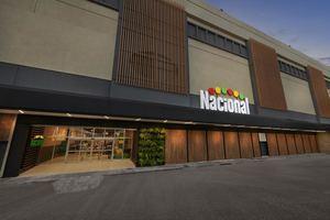 Supermercados Nacional inauguró una nueva y moderna sucursal en Plaza Central.