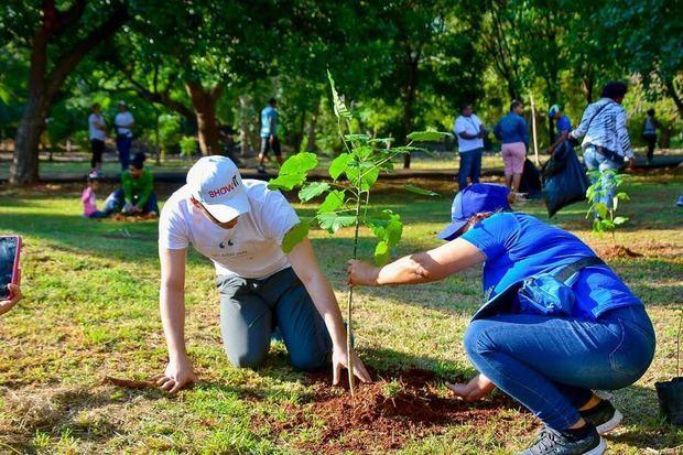 ADN realiza jornada de arborización en el Distrito Nacional