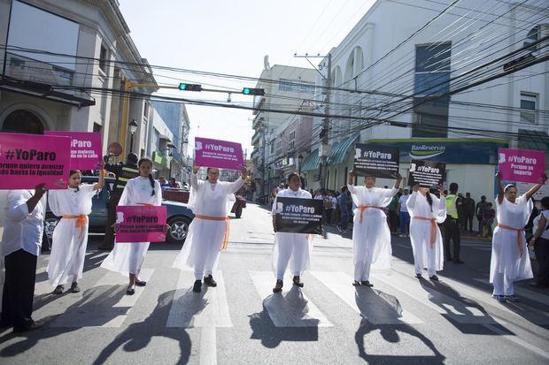 Exigen al Gobierno respeto a los derechos de las mujeres e incluirlas en planes para enfrentar la pandemia