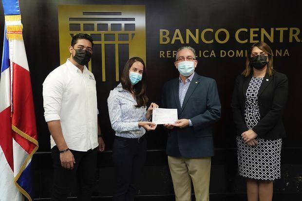 Voluntariado Bancentraliano dona RD$300,000 a cuatro fundaciones en el Primer Maratón de la Esperanza