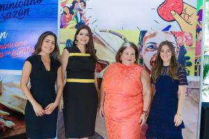 Graciela Barcelo, Madeline Cruz, Lil Esteva, Laura Reid
