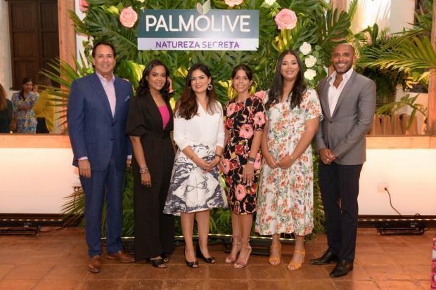 """Palmolive presenta nueva línea de para el cuidado personal """"Natureza Secreta"""""""