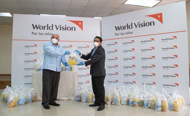 World Vision y Minerd apoyan a 2,000 familias en el corredor Duarte, a través de centros educativos