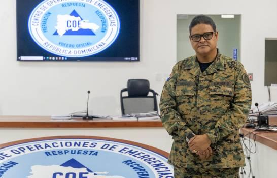 El presidente Abinader ratifica a Juan Manuel Méndez en el COE.