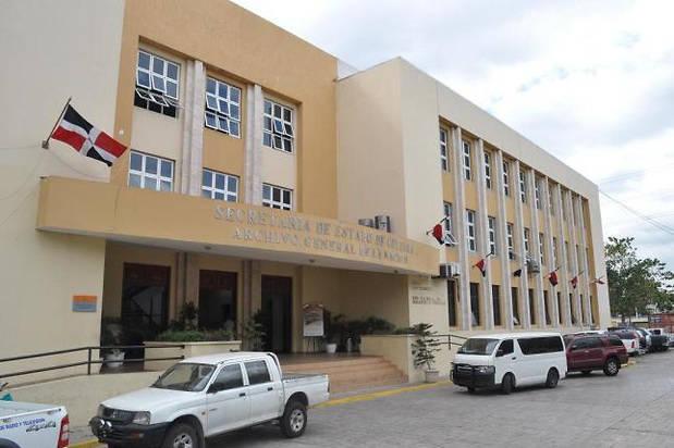 """Puesta en circulación: """" Minería Dominicana, Desarrollo Irracional"""" en el AGN"""