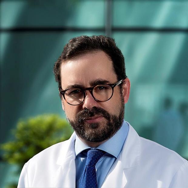 Fotografía de archivo personal que muestra al jefe de la Clínica de Autismo y Trastornos del Neurodesarrollo del Hospital ABC, César Reynoso.