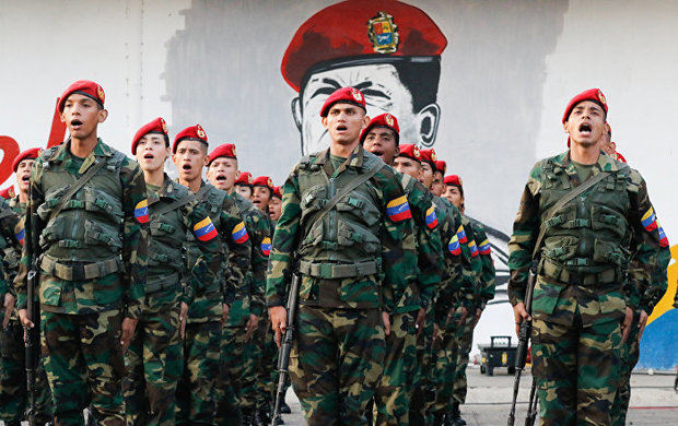 Rusia defiende la presencia de sus militares en Venezuela