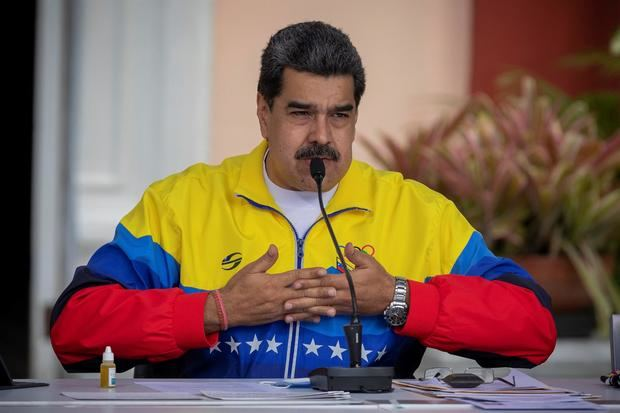 Maduro saluda la firma de un memorándum con la oposición para empezar diálogo