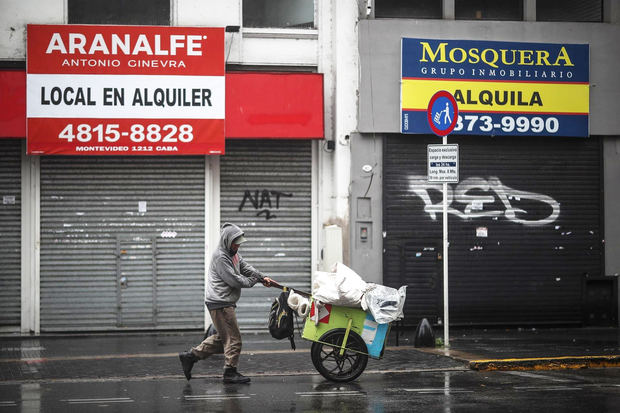 Argentina inicia un nuevo confinamiento en el peor momento de la pandemia