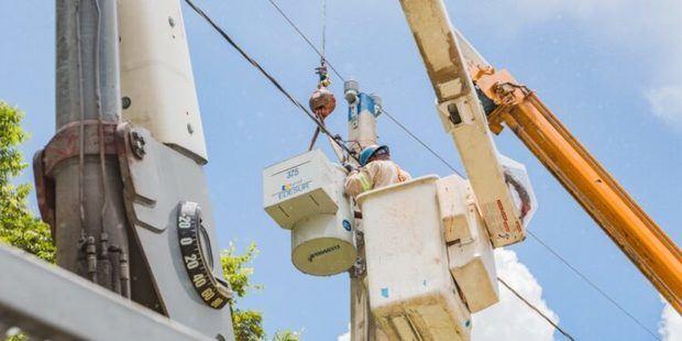El 98.7% de los clientes de Edesur cuenta con energía eléctrica tras paso de tormenta Elsa.