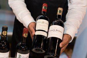 El Catador 'The Wine Tour'realiza su primera parada en Camp David, Santiago
