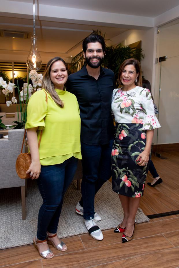 Michelle Urtecho, Andrés Augusto Aybar y Patricia Álvarez.