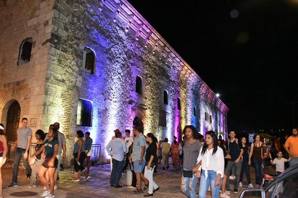 Todo un éxito la Noche Larga de los Museos en la Ciudad Colonial