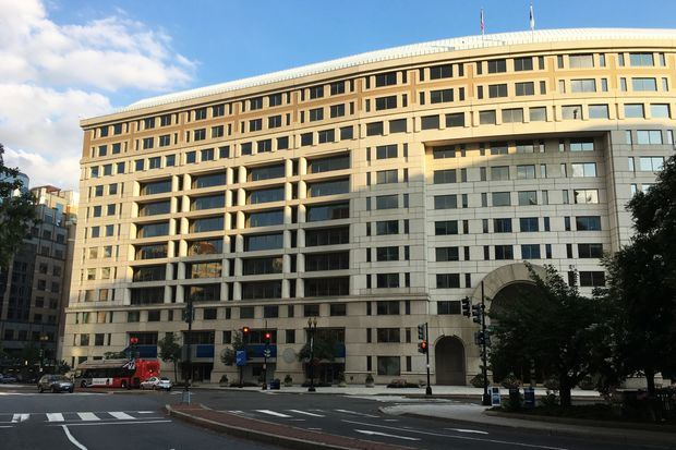 El Banco Interamericano de Desarrollo.