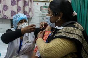 India aprueba el uso de emergencia de vacunas de AstraZeneca y Bharat Biotech.