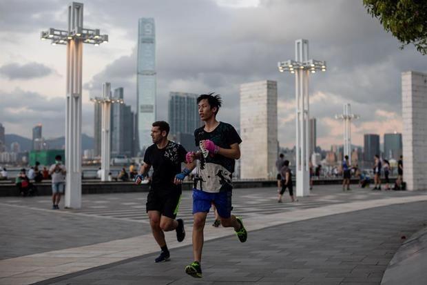 China permanece en mínimos de nuevos contagios, con 2 casos en el último día.