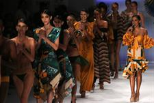 Anitta y una colección de presos brillan en la Semana de la Moda de Sao Paulo