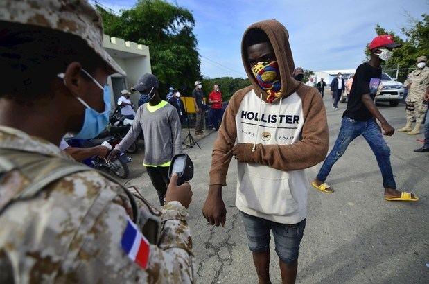 Autoridades estrechan control sobre mercado de Dajabón para evitar contagios