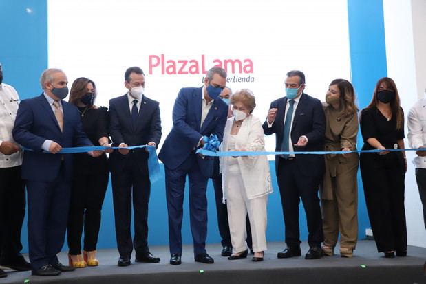 Inauguran nueva tienda Plaza Lama en Santo Domingo Oeste