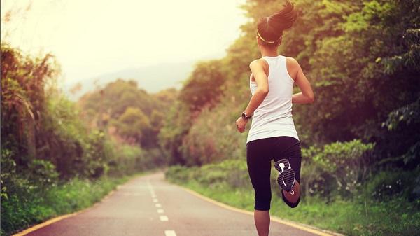 Exotraje blando para que el portador se canse menos caminando o corriendo