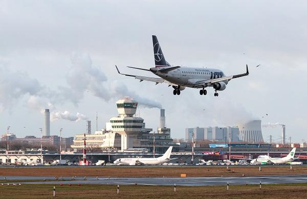 La brasileña Embraer acepta el juicio abreviado por sobornos de aviones Super Tucano