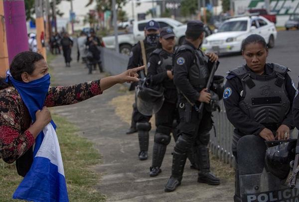 Autoconvocados se manifiestan en Nicaragua a pesar de