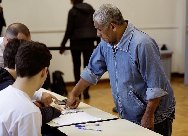 20.000 brasileños votan desde España en los comicios presidenciales de hoy