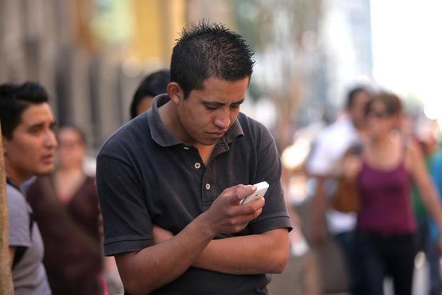Violencia, guerra y tecnología impactan en salud mental de los jóvenes
