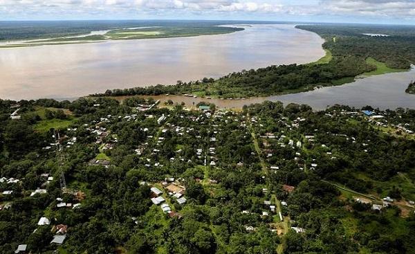 Firman un convenio en Ecuador contra la deforestación de la Amazonía