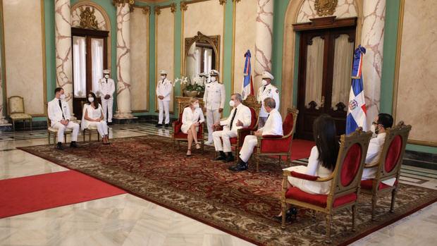 Presidente Abinader recibe cartas credenciales de tres nuevos embajadores.