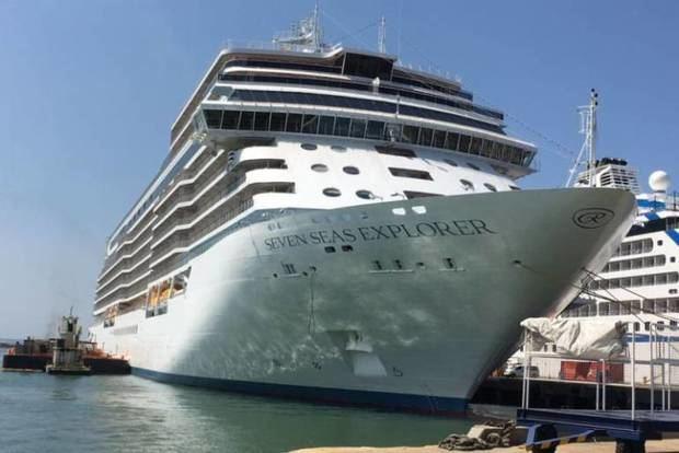 El 'crucero más lujoso' del mundo llega a Cartagena