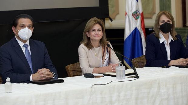 Vicepresidenta Raquel Peña anuncia avances del Plan Nacional Vacúnate.