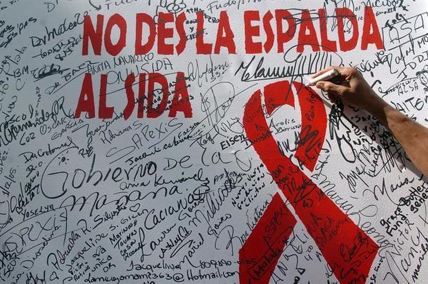 Unas 11,000 personas desconocen que portan el VIH en RD