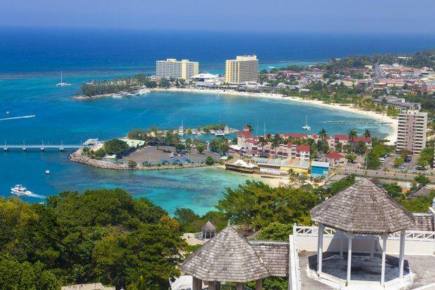 Jamaica lanza cursos gratuitos de formación y certificación en línea para trabajadores turísticos