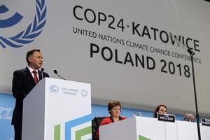 El presidente polaco, Andrzej Duda, pronuncia su discurso durante la ceremonia inaugural de la Cumbre del Clima.