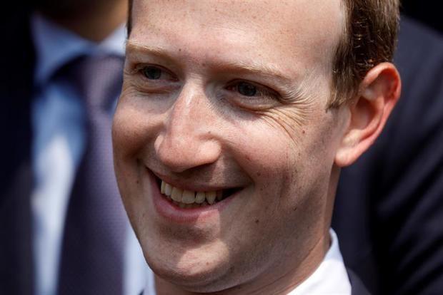 """Zuckerberg se muestra """"orgulloso del progreso"""" de Facebook pese a escándalos"""
