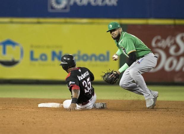 Toros ganan cuarto al hilo y siguen en la cima del béisbol dominicano