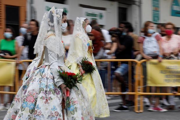 Una celebración atípica de la fiesta de las Fallas de Valencia en España
