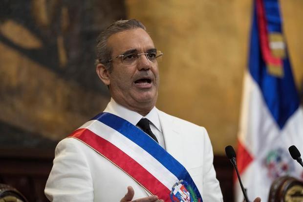 En la imagen, el presidente dominicano, Luis Abinader.