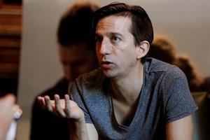 En las imagen el director chileno Matías Bize.