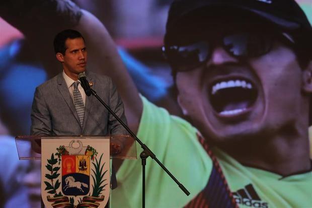 La oposición, dispuesta a buscar donaciones en las fronteras ante la negativa de Maduro