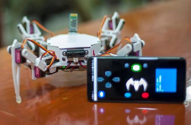 Crean un robot arácnido para la búsqueda y rescate de personas en México