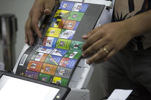El voto de jóvenes podría definir los comicios dominicanos en 2020, según un estudio