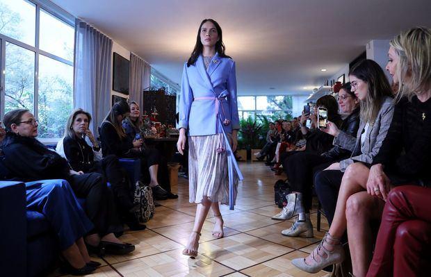 Michelle Obama, Lady Gaga y la reina Rania, seducidas por diseños colombianos