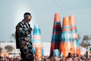 Fotografía cedida por el festival de Coachella donde aparece el cantante puertorriqueño de trap, Bad Bunny, durante su intervención este domingo en el festival en Indio, California (Estados Unidos.