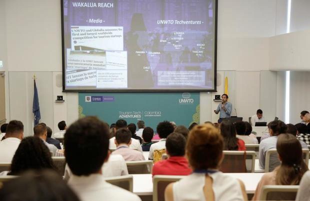 """Vista de asistentes este domingo durante la apertura de la segunda edición del 'UNWTO Tourism Tech Adventure: Scaling Up"""" organizado por el gobierno colombiano y la OMT en Cartagena (Colombia)."""