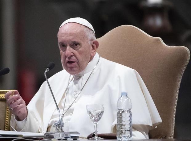 El papa convoca a jóvenes empresarios para idear un cambio socio-económico