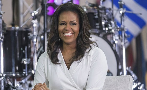 """Malia y Sasha nacieron por fecundación """"in vitro"""", confiesa Michelle Obama"""