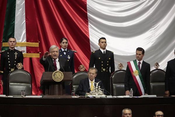 Acto protocolar de la envestidura de López Obrador